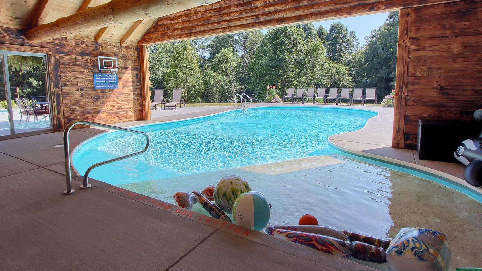 Luxury Cabins & Lodges