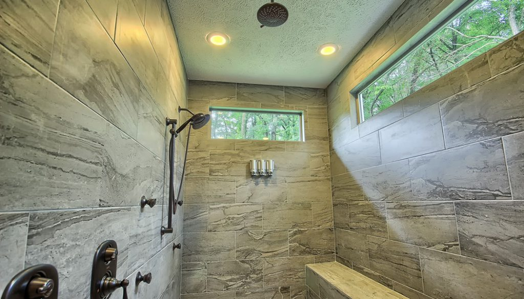 Bookers Cabin Shower